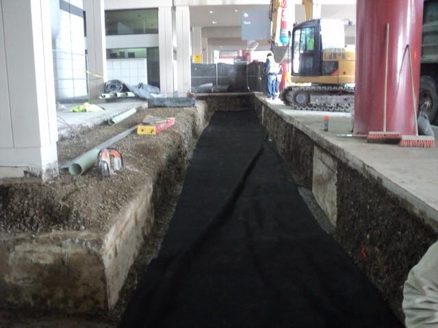 Landside Terminal Bollard Installation